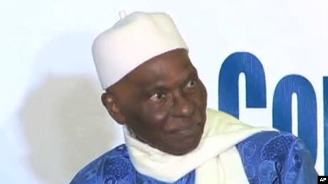 Senegalese President Abdoulaye Wade (file photo)
