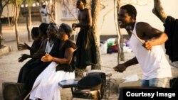Amawosana agida lize line izulu. (Photo: Butholezwe Kgosi Nyathi)