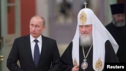 Rossiya prezidenti Vladimir Putin va Moskva va Butun Rossiya patriarxi Kiril