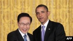 Tổng thống Hoa Kỳ Barack Obama và Tổng thống Nam Triều Tiên Lee Myung-bak
