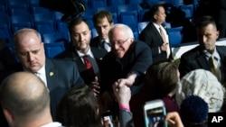Sen. Bernie Sanders akiwa katika kampeni, New Hampshire
