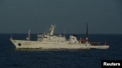 지난달 센카쿠 열도, 중국명 다오위다오 영해에 진입했던 중국 해양감시선. (자료사진)