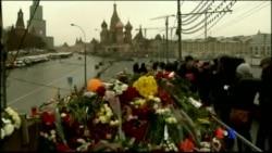 2015-03-01 美國之音視頻新聞: 俄羅斯反對派集會紀念涅姆佐夫