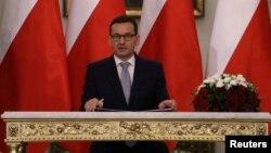 Новопризначений прем'єр-міністр Матеуш Моравецький захищає дії урядової партії Право і справедливість