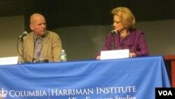 Йобст Книгге и Грейс Кеннан Варнеке во время обсуждения фильма. Photo by Oleg Sulkin