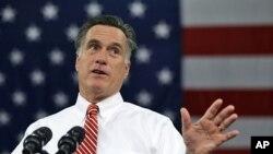 1일 미 버지니아주 리치먼드에서 유세 중인 미트 롬니 공화당 대통령 후보.