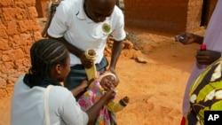 Campagne de vaccination contre la polio au Cameroun