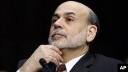 El presidente de la FED, Ben Bernanke, afirmó hace pocas semanas que el banco central está dispuesto a actuar para mejorar la economía de EE.UU., en caso de ser necesario.