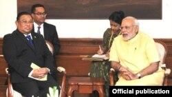 ျမန္မာႏိုင္ငံျခားေရးဝန္ႀကီး ဦးဝဏၰေမာင္လြင္နဲ႔ အိႏၵိယႏိုင္ငံျခားေရးဝန္ႀကီး Narendra Modi