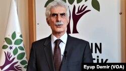 Berdevkê Platforma Zimanê Kurdî Şerefxanê Cizirî