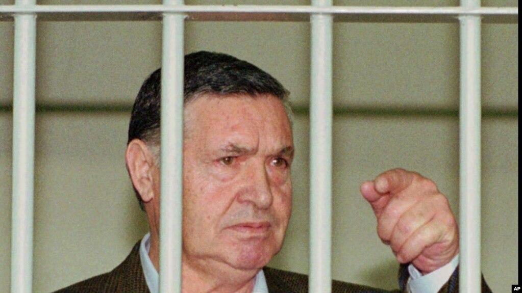 Ông trùm mafia Salvatore 'Toto' Riina trong nhà tù Ý, tháng 4/1993.