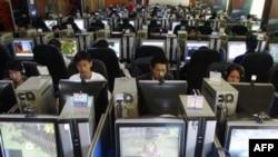 Китайские чиновники осваивают микроблоги