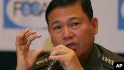 Tướng Emmanuel Bautista, tham mưu trưởng lực lượng vũ trang Phillippines