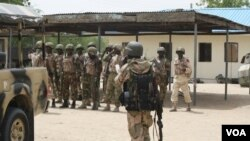 The Nigerian government has deployed thousands of soldiers to fight Boko Haram in the north after emergency rule was declared in three states on May 14. Picture taken in Borno State, June 6, 2013. (Heather Murdock/VOA)