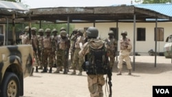 Wasu daga cikin sojojin da gwamnatin Najeriya ta girka a yankin arewa maso gabashin kasar domin yakar 'yan Boko Haram