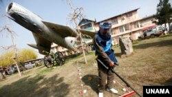 افغانستان از اوایل دههء هشتاد میلادی قربانی ماین های ضد پرسونل بوده است