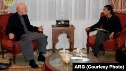 蘇珊賴斯星期一在喀布爾與卡爾扎伊會談。