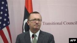 Mustafa Abdel Cəlil Ceffri Feltmanla görüş keçirir
