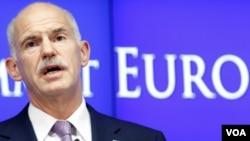 PM Yunani George Papandreou berbicara dengan Kanselir Jerman dan Presiden Perancis via telepon (14/9).