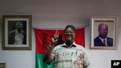 Tentara Guinea-Bissau masih menahan mantan PM dan calon Presiden unggulan, Carlos Gomes Junior (foto: dok).