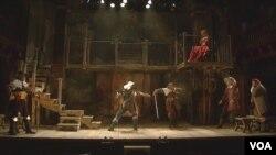 莎翁戏剧表演 (福尓杰莎士比亚图书馆提供)