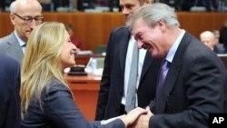 Το χρονοδιάγραμμα αποπληρωμής του δανείου της Ιρλανδίας θα επηρεάσει και την Ελλάδα