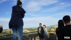 The influx of Chinese tourists to Bagnoregio was mainly prompted by the popular Japanese movie director Hayao Miyazaki, who used Civita as a backdrop for an Oscar-award winning feature film. (Photo: J. Dettmer/VOA)