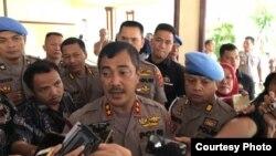 Kapolda Sumut, Irjen Pol Agus Andrianto saat memberikan keterangan di Mapolda Sumut, Rabu, 4 Desember 2019. (Foto: VOA/Anugrah Andriansyah)