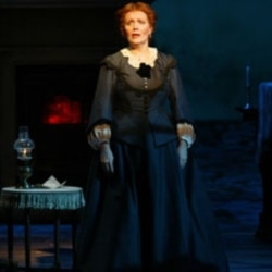 """Maureen McGovern plays Marmee in a scene from """"Little Women"""" at the Virginia Theater in New York in 2004"""