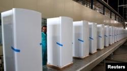 ملٹری کے تحت کام کرنے والی ہیلوان کمپنی کچن اپلائنسز بناتی ہے