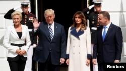 Президент США Трамп зустрічається з президентом Польщі Дудою