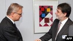 Komisioni Evropian kërcënon Hungarinë me ngrirje të fondeve