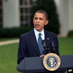 Le président Obama dans les jardins de la Maison-Blanche