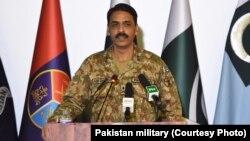 د پاکستان د پوځ وياند مېجرجنرال اصف غفور
