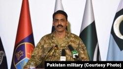 Pakistan ordusunun sözçüsü general-mayor Asif Qafur iyulun 16-ı mətbuat konfransı zamanı