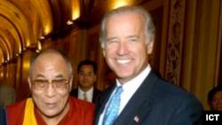 Joe Biden with the Dalai Lama 2003