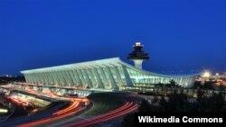 Sân bay Quốc tế Dulles bên ngoài thủ đô Washington.
