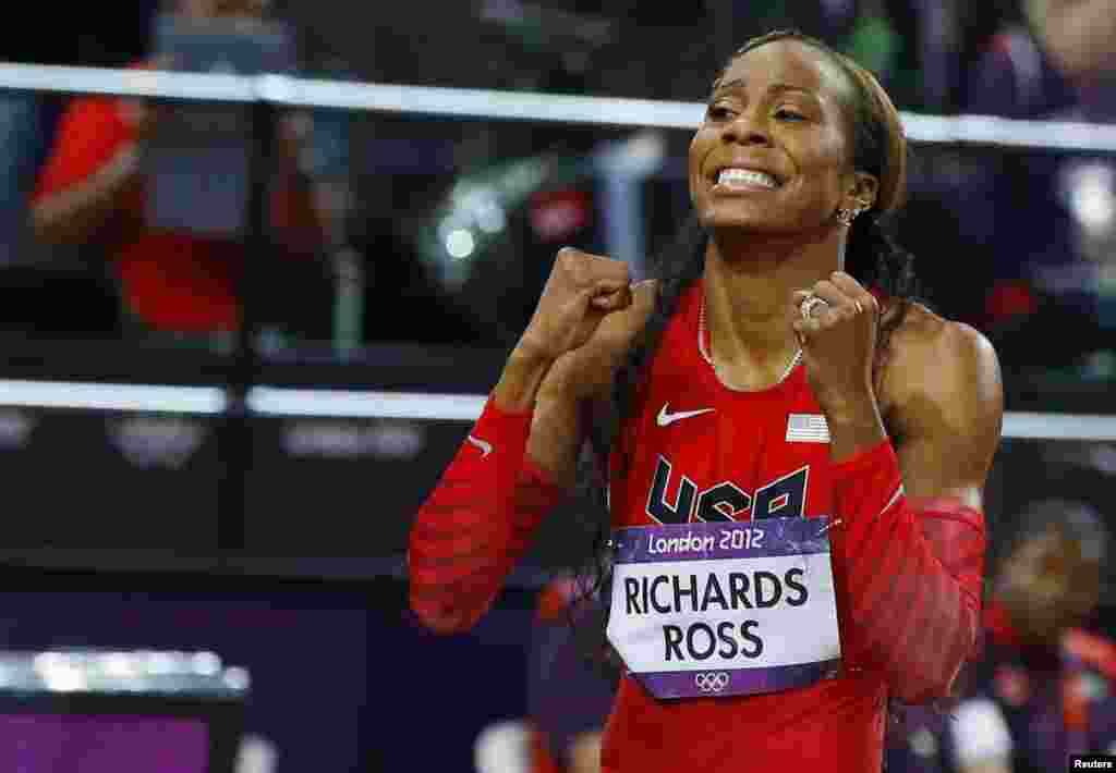 Sanya Richards-Ross of the U.S. celebrates after winning gold in the women's 400m final during the London 2012 Olympic Games at the Olympic Stadium August 5, 2012.