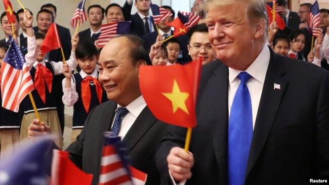 Tổng thống Trump trong chuyến thăm Việt Nam tháng Hai năm 2019.