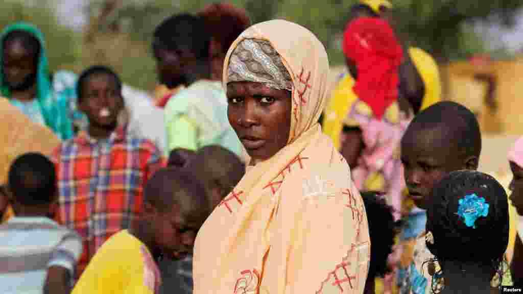 Une Nigérienne dans le camp pour déplacés de Boudouri, près de Diffa, Niger, le 17 juin 2016.