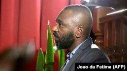 José Filomeno dos Santos, mwana ya mokonzi ya kala ya Angola, José Eduardo dos Santos, na Cour suprême ya Luanda, Angola, 9 décembre 2019