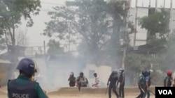 করোনা রোগী গ্রেপ্তার, গাজীপুরে পোশাক শ্রমিকদের ওপর গুলি