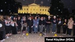 Soma İçin Beyaz Saray Önünde Anma