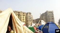 مظاهره کنندگان در چهارراهی تحریر بعد از گذشت چهار راوز