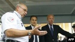Franca shton kontrollin e pasagjerëve në aeroporte