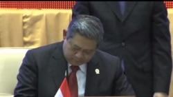 2012-11-18 美國之音視頻新聞: 東盟首腦會議在金邊開幕