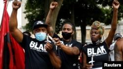 Aktivisti na protestu zbog ranjavanja Džejkoba Blejka u Kenoši