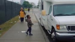 Нахид Ајуб, жената кој ги храни бездомниците во Детроит