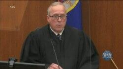 Суд присяжних у Міннеаполісі визнав колишнього поліцейського Дерека Шовіна винним у смерті Джорджа Флойда. Відео
