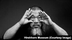 «آی وی وی» هنرمند معترض چینی در مستندش «موج انسانی» به معضل پناهجویان پرداخته است